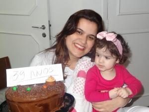 Karla e Gabriela no seu aniversário no último ano / Foto: Arquivo pessoal