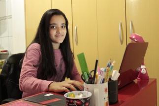 Kamilla Souza se inspirou em outros youtubers para criar o canal 'Kamilizando' / Foto: Mislene Ribeiro