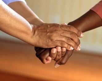 O ato de doar pode salvar uma vida e, às vezes, é a única chance do paciente / Foto: Pixabay