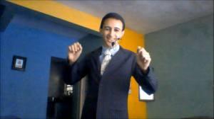 Alex Santos apresentando o seu canal no YouTube/ Foto: Arquivo pessoal