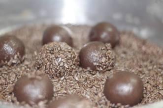 O doce geralmente conta com ingredientes especiais, como o chocolate belga / Foto: Mislene Ribeiro